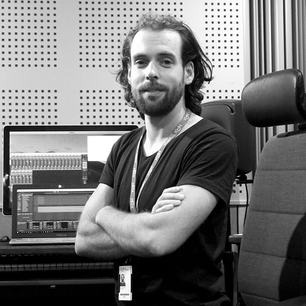 Profile picture of Jacob Westberg (Mount West) in a music studio